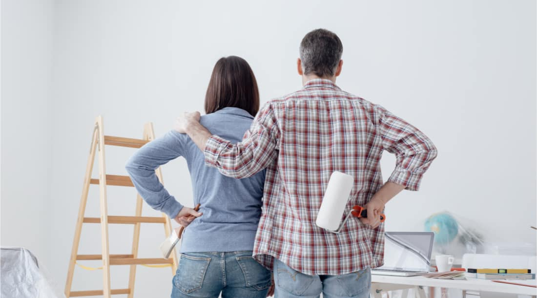 Should I Allow Tenants Decorate or Paint My Rental?