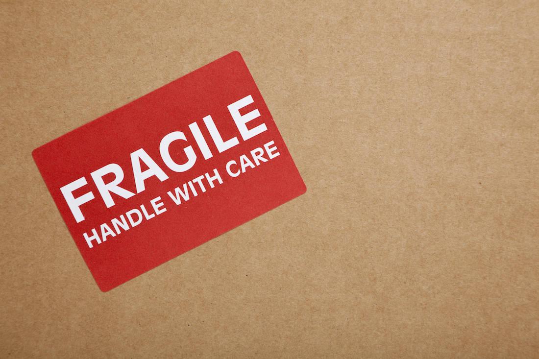 Mark boxes as fragile
